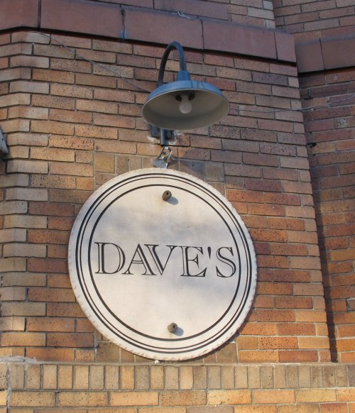 Dave`s Pub on Southside is a Popular Bar